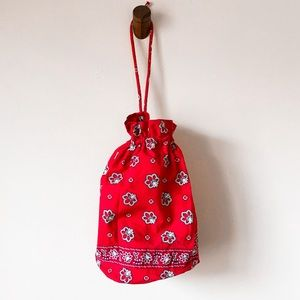 Vera Bradley Red Bandana Diddy Bag